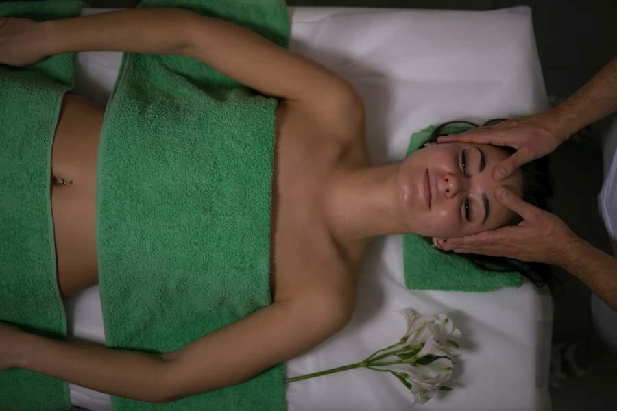 Kurs masażu twarzy, szyi, dekoltu